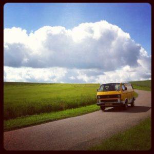 Nieuw busje: gele VW T3